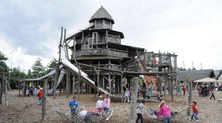 kids playground oewanja