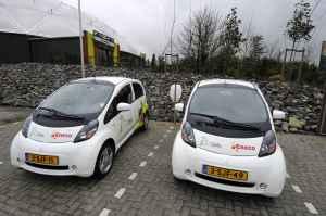 electrisch oplaad plaats voor de auto's