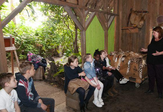 educatie kinderen krijgen in de diernetuin
